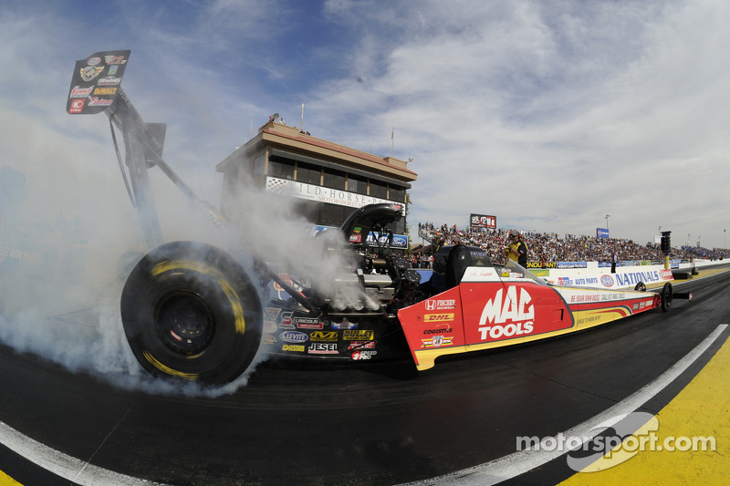 Kalitta, Pedregon, Johnson and Krawiec quickest in NHRA Summernationals qualifying