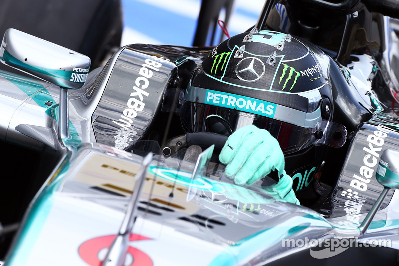 Rosberg 'bigger killer' than Hamilton - Villeneuve