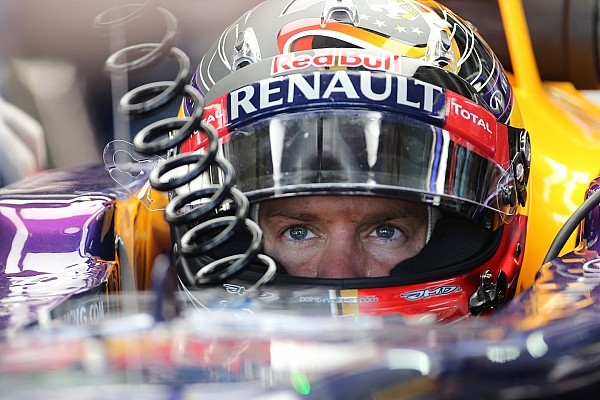 Vettel refuses to stamp out Mercedes rumours