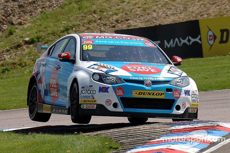 Plato out-duels Turkington to win Race Two