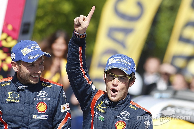 Neuville claims maiden victory as Latvala and Meeke crash