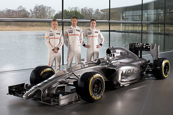 How would three-car teams affect the F1 driver market?