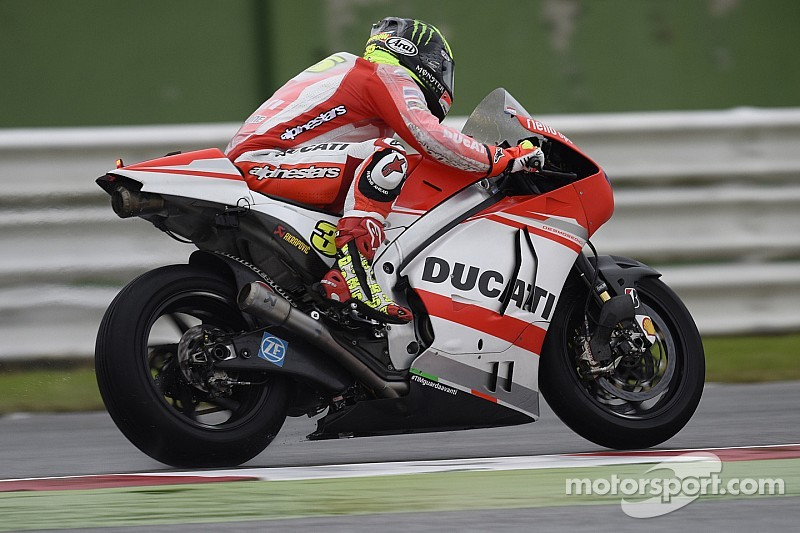 Great start for Andrea Dovizioso at MotorLand Aragón with quickest time of the day