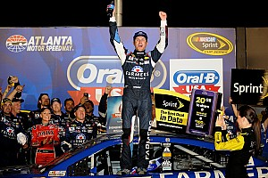 Can Kasey Kahne survive in the Contender Round?