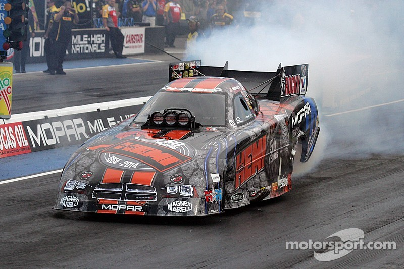 Hagan takes NHRA Funny Car points lead with Maple Grove win