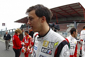 "Formula 3.5 Breaking news Nyck de Vries: ""The logical jump is the Formula Renault 3.5 Series"""
