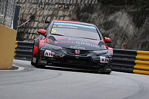WTCC Qualifying report Norbert Michelisz bets on Honda podium in Macau street lottery