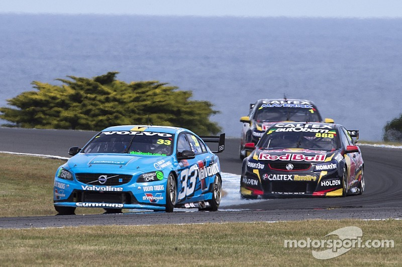 McLaughlin wins race 33 in dominating fashion after starting from pole