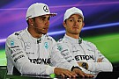 Rosberg hoping pressure gets to Hamilton