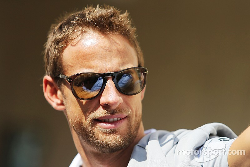 """McLaren driver delay """"a strange situation,"""" says Button"""