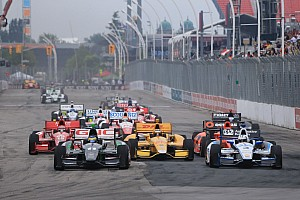 IndyCar starts and stops