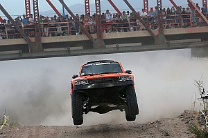 Dakar Breaking news Robby Gordon wins final stage of 2015 Dakar