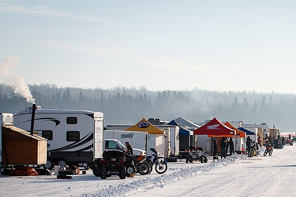 Canadian ice racer dies during endurance race