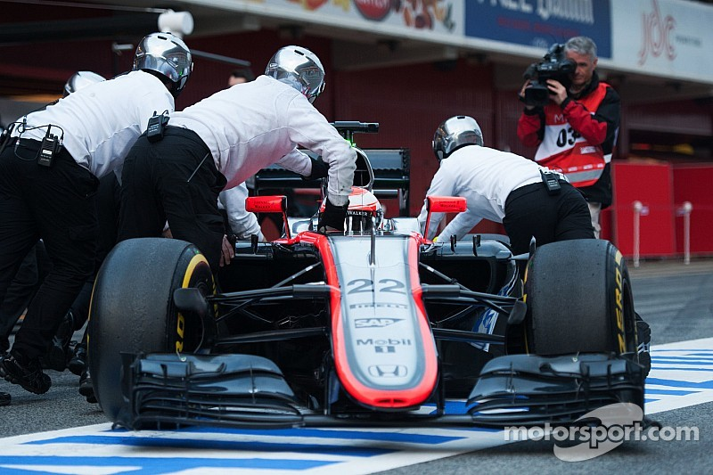 Button admits McLaren-Honda 'won't win first race'