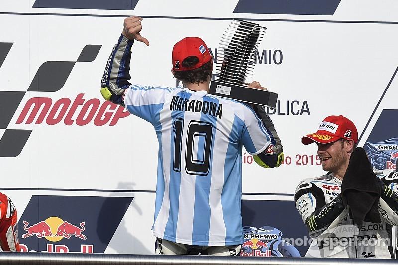 """Grazie mille, Valentino"": Maradona"