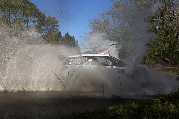 Meeke leads for Citroen but Ostberg closes in Argentina
