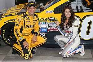 NASCAR Sprint Cup Qualifying report Matt Kenseth earns his first pole at Charlotte Motor Speedway