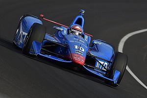 IndyCar Breaking news Kanaan wreck jumbles the running order - video