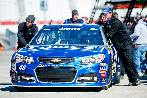 Johnson tops first Dover practice