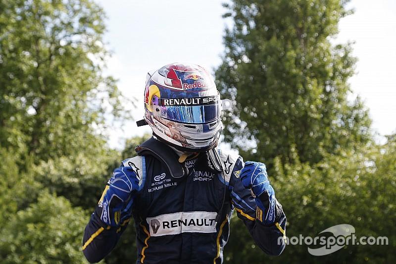 London ePrix: Buemi win sets up three-way title showdown