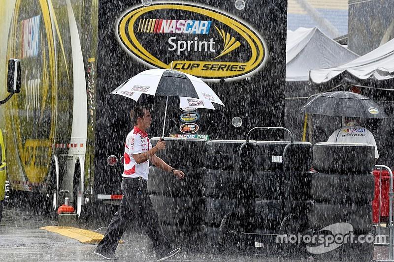 La lluvia cancela las clasificaciones de la Copa y la Xfinity en Kentucky