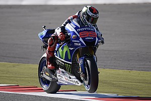 MotoGP Practice report Silverstone MotoGP: Lorenzo remains on top, four tenths clear of Marquez