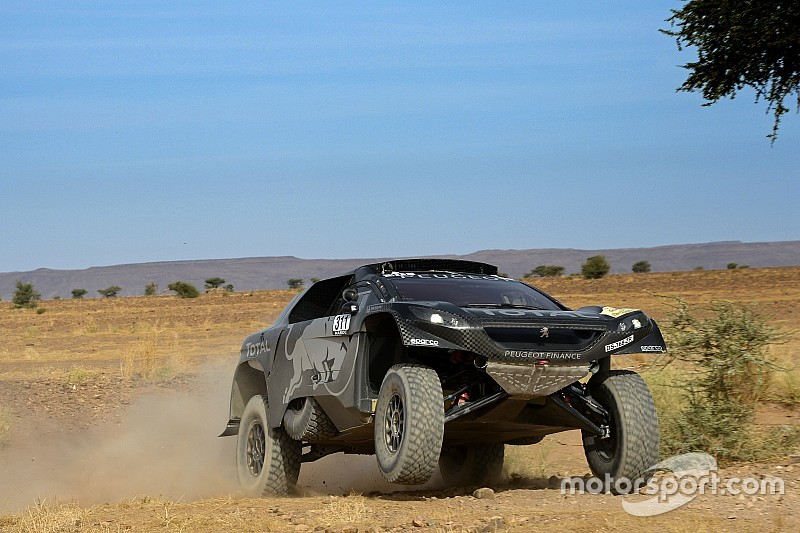 Sainz, el más rápido en el Día 2, del Rally de Marruecos