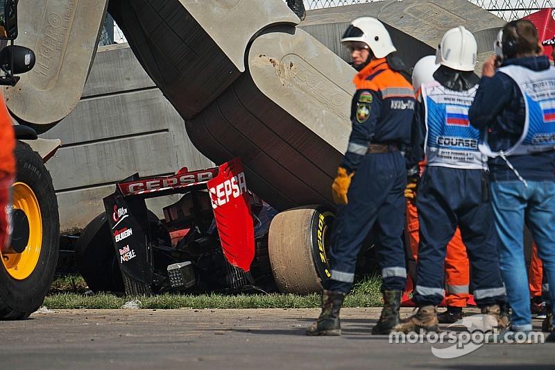 Sainz sobrevive a un gran accidente en la práctica 3