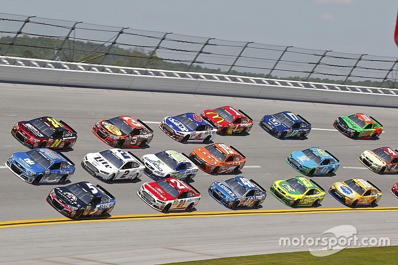 Green-white-checkered policy may be altered for Talladega