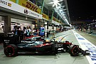 فريق مكلارين يتمكّن من إصلاح علبتي تروس سباق سنغافورة