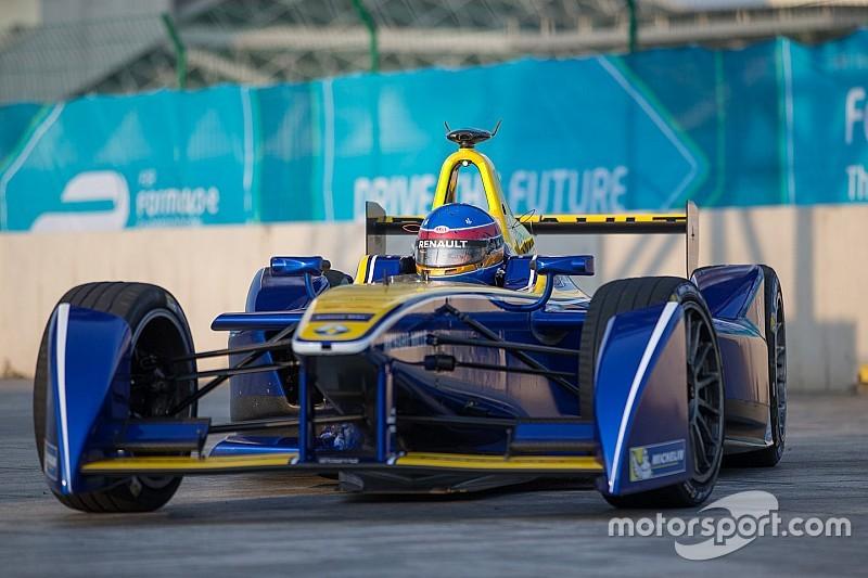 Prost supera a Buemi en el dominio de Renault