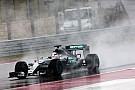 VT3: Hamilton zwemt naar snelste tijd, Max Verstappen laatste