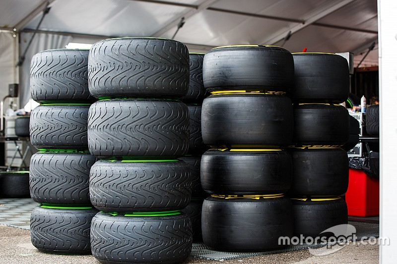 Pirelli explains new 2016 tyre choice plans