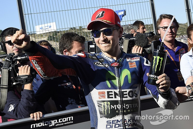 Lorenzo clinches MotoGP World Championship Title with a faultless win in Valencia