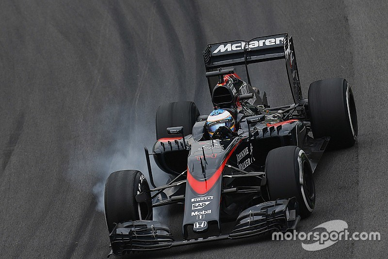 McLaren out of Q2 in a sad day for Alonso