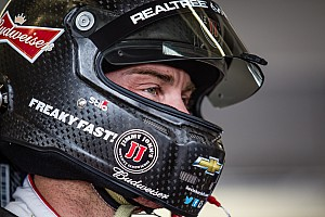 NASCAR Sprint Cup Breaking news Harvick comes one position short of defending 2014 crown