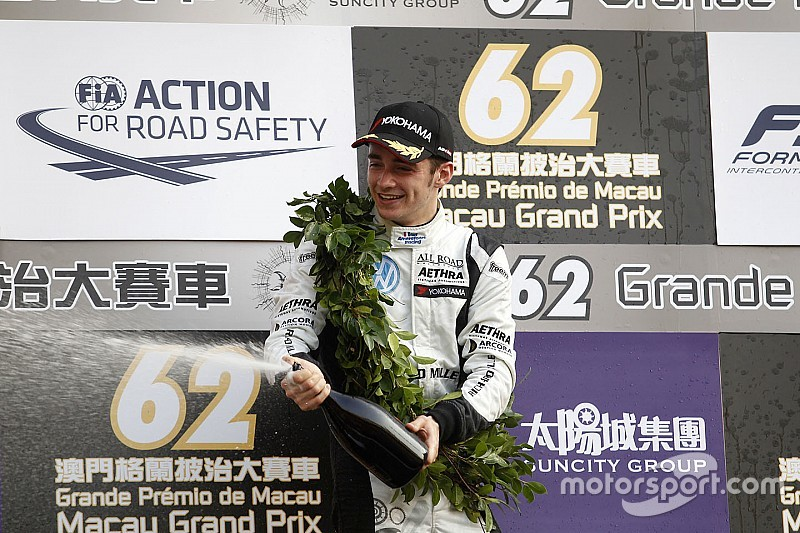 Leclerc tankt zelfvertrouwen met tweede plaats in Macau