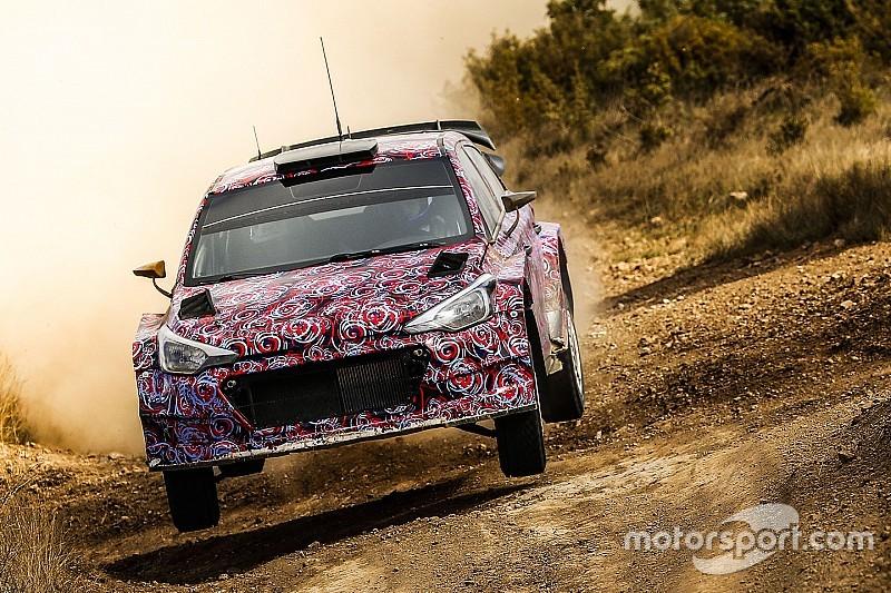 现代发布2016款i20 WRC赛车倒计时