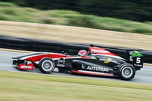 Other open wheel Race report Teretonga TRS: Piquet controls reverse-grid race