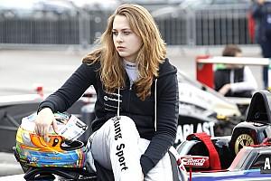 Formel 4 Blog Sophia Flörsch: Kämpfen wie eine Löwin beim Debüt in der Formel 4