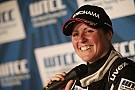 Nordschleifen-Spezialistin Sabine Schmitz kehrt in die Tourenwagen-WM zurück
