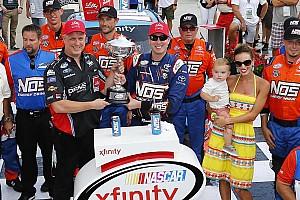 NASCAR Xfinity Rennbericht Kyle Busch drückt Xfinity-Rennen in Indianapolis den Stempel auf