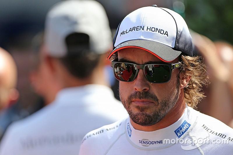 Lewis Hamilton: Karriereende von Alonso wäre