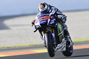 MotoGP レースレポート 【MotoGPバレンシアGP】決勝:マルケスの追撃を振り切ったロレンソが、ヤマハでの有終の美を飾る