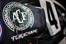 Stock Car Brasil Equipos y pilotos honran al equipo Chapecoense