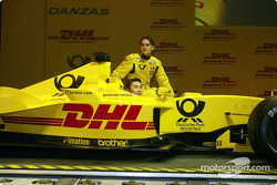 Takuma Sato and Giancarlo Fisichella with the new Jordan Honda EJ12