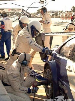 BMW pitstop