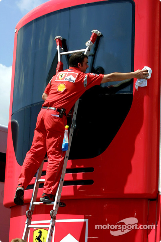 Cleaning the Ferrari motorhome