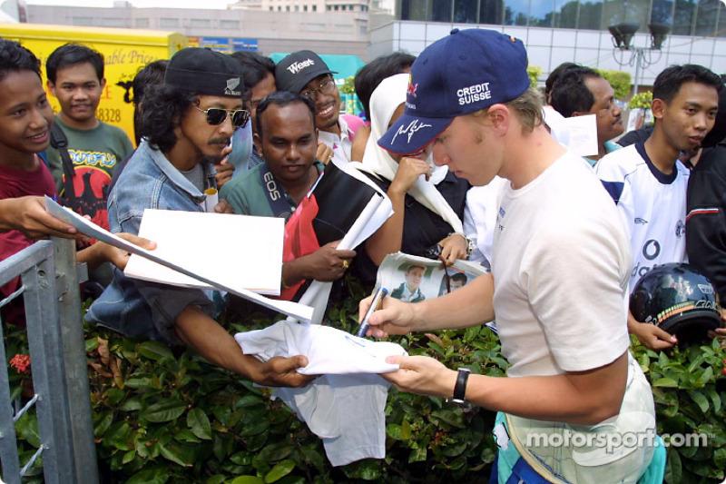 Sauber Petronas team in Johor Bahru: Nick Heidfeld