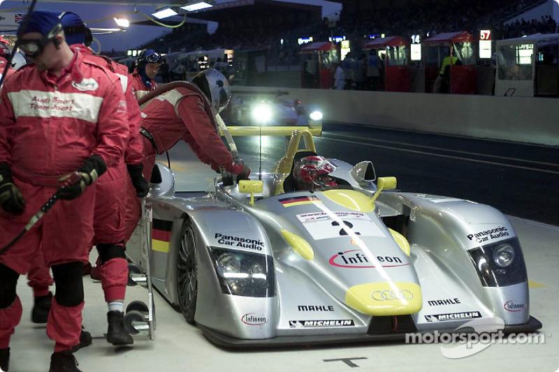 Team Audi Sport North America servicing the Infineon Audi R8
